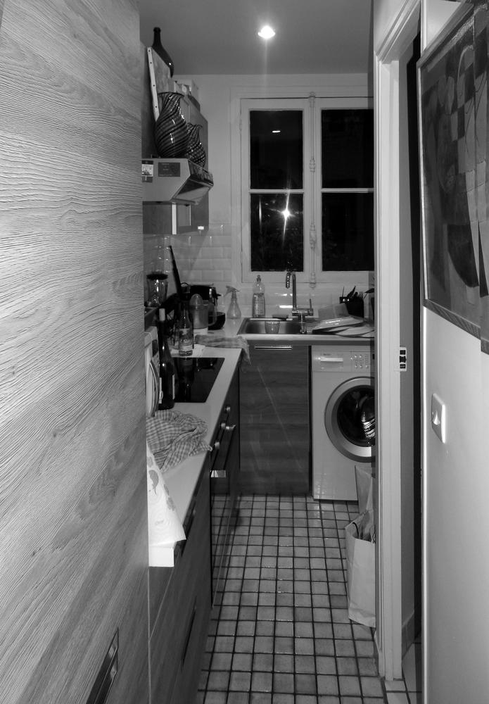 Chambre hotellière avant travaux (ex cuisine)